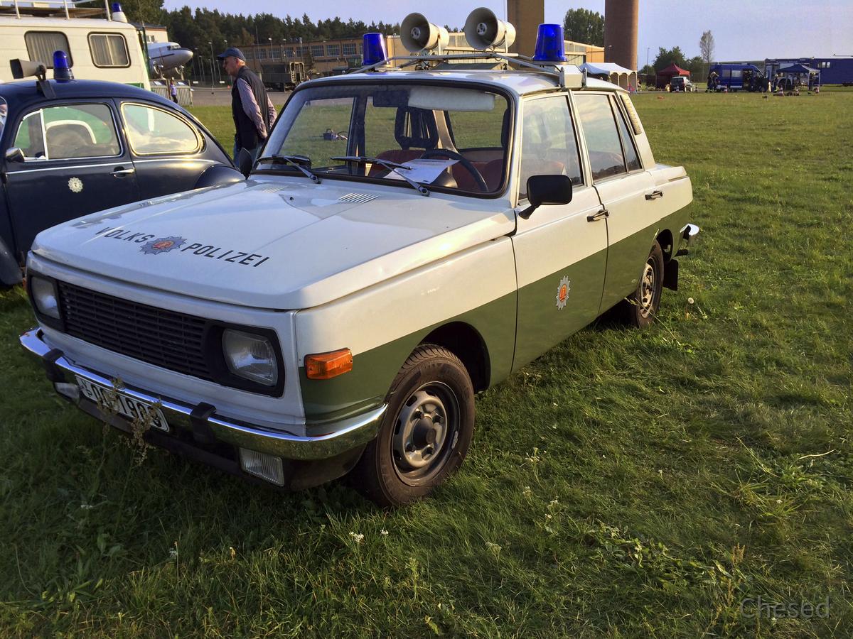 Polizei-Fahrzeug - Trabant - Volkspolizei - DDR