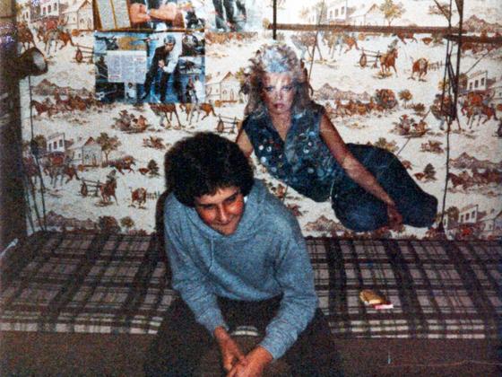 Duke's Jugendzimmer mit Pit G. - Kim Wilde Bravo-Starschnitt in Lebensgröße
