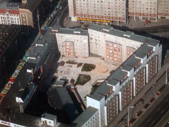 Blick und Aussicht vom Fernsehturm Berlin - 1988