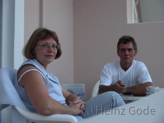 Angelika und Heinz Gode auf Hotelbalkon