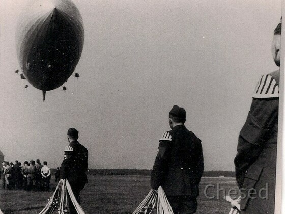 Zeppelin Hindenburg LZ 129 Landung Frankfurt 1937