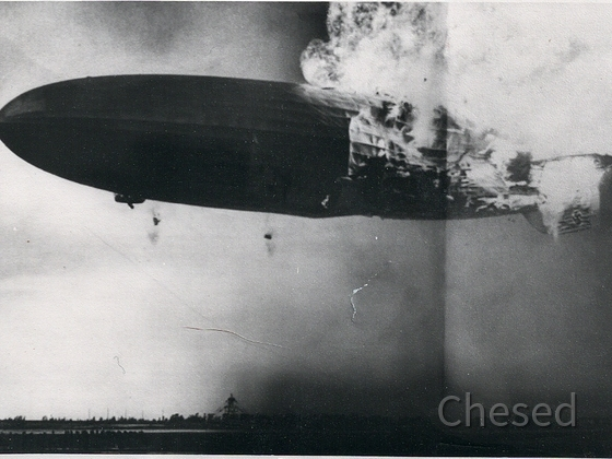 Zeppelin Katastrophe - Hindenburg LZ 129 in Lakehurst, New Jersey, am 6.5.1937