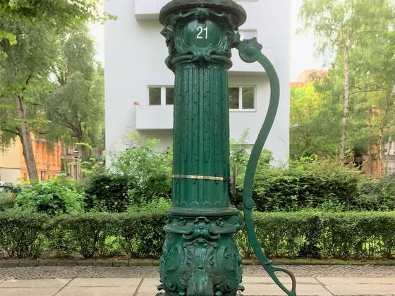Historische Lauchhammer Pumpe