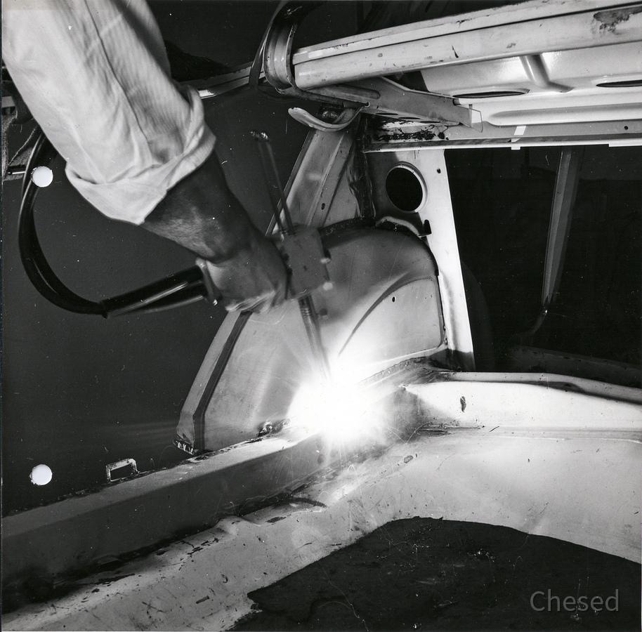 Innovation des Punktschweißgeräts in Rüsselsheim bei der Adam Opel AG