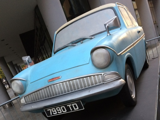 Der Fliegende Ford Anglia 105 E