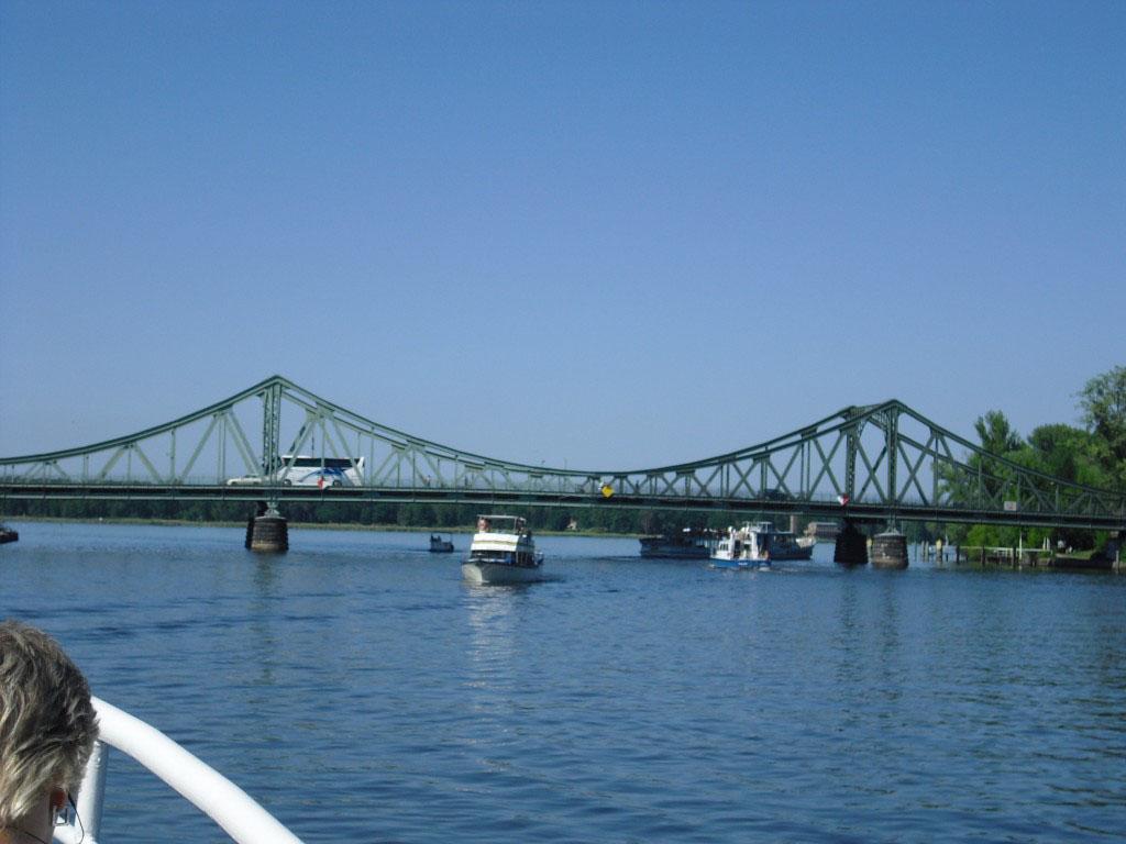 Glinicker Brücke zwischen Berlin und Potsdam