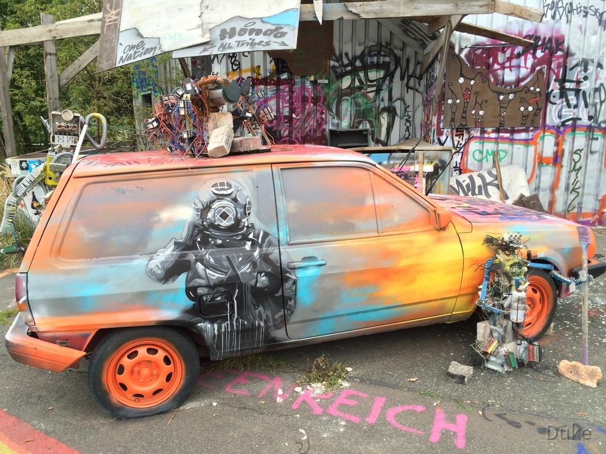 Berlin - Teufelsberg - Field Station - Graffiti Auto - Graffiti Car