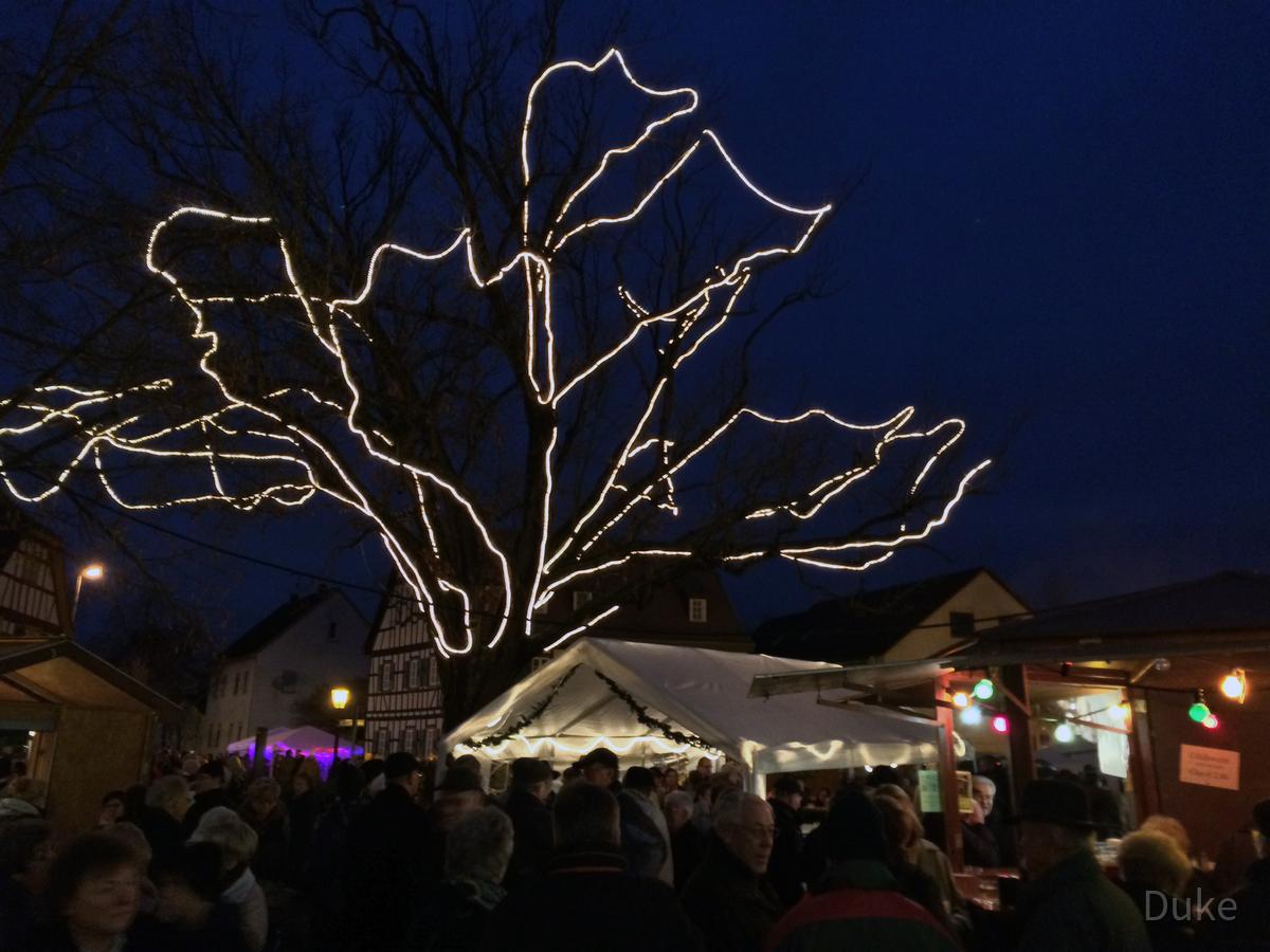 Weihnachtsmarkt 2014 - Königstädten - Bismarckplatz