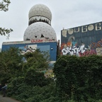 Berlin - Teufelsberg - Field Station - Zwei Radoms - Two Radomes