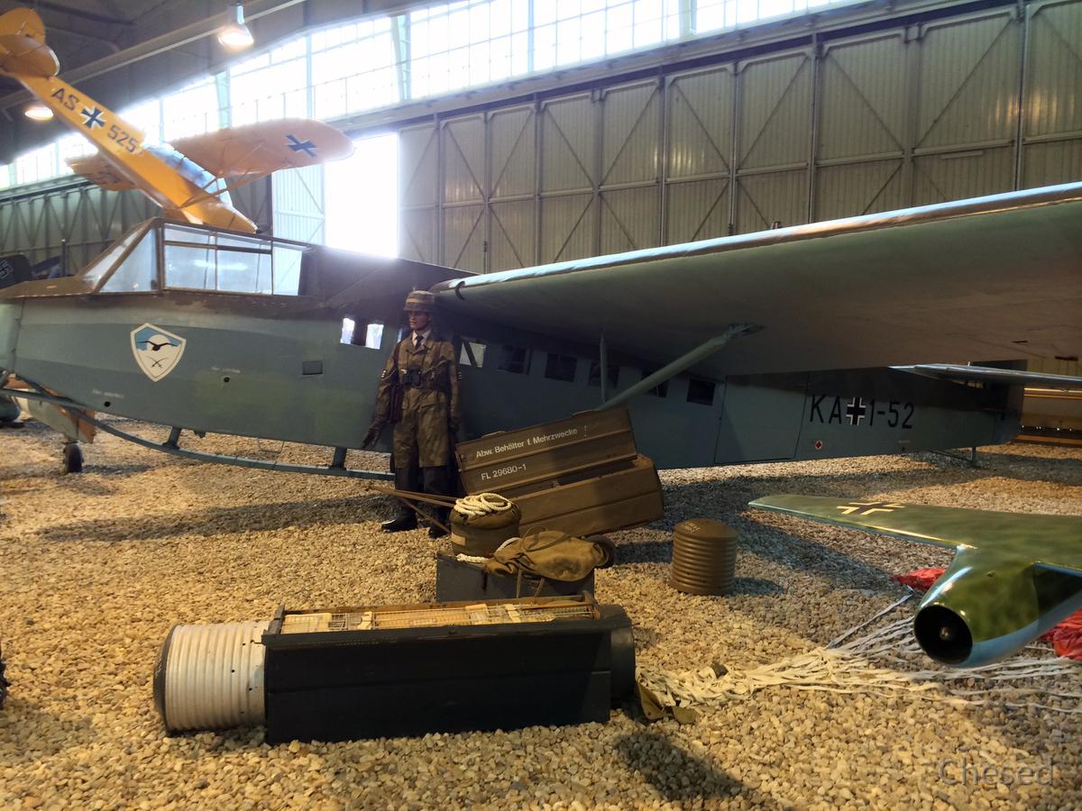 DFS-230 A - Kampfsegler - Lastensegler