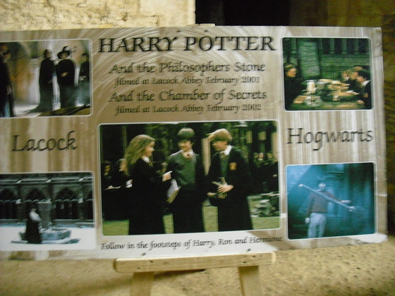 Lacock Abbey - Filmkulisse von Harry Potter Filmen - Kammer des Schreckens - Harry Potter und der Stein der Weisen - Harry Potter und der Halbblutprinz