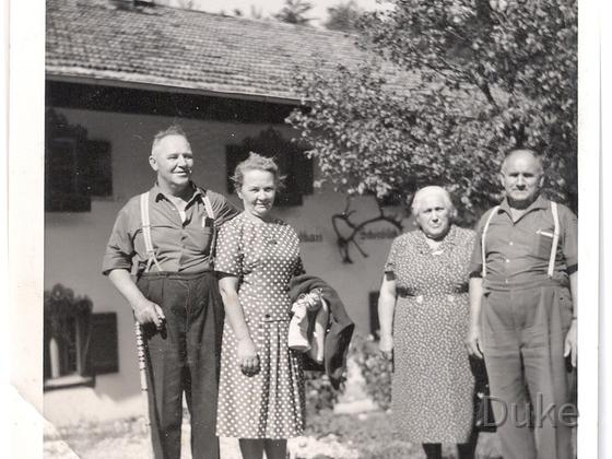 Großeltern von Mutter, mütterlicherseits, im Urlaub - Pension Schönblick