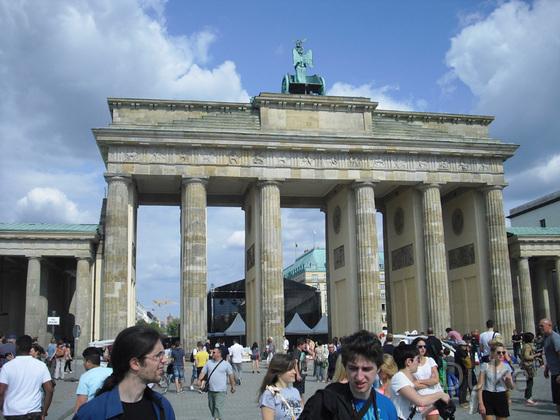 Berlin - Brandenburger Tor - Westansicht - 2013