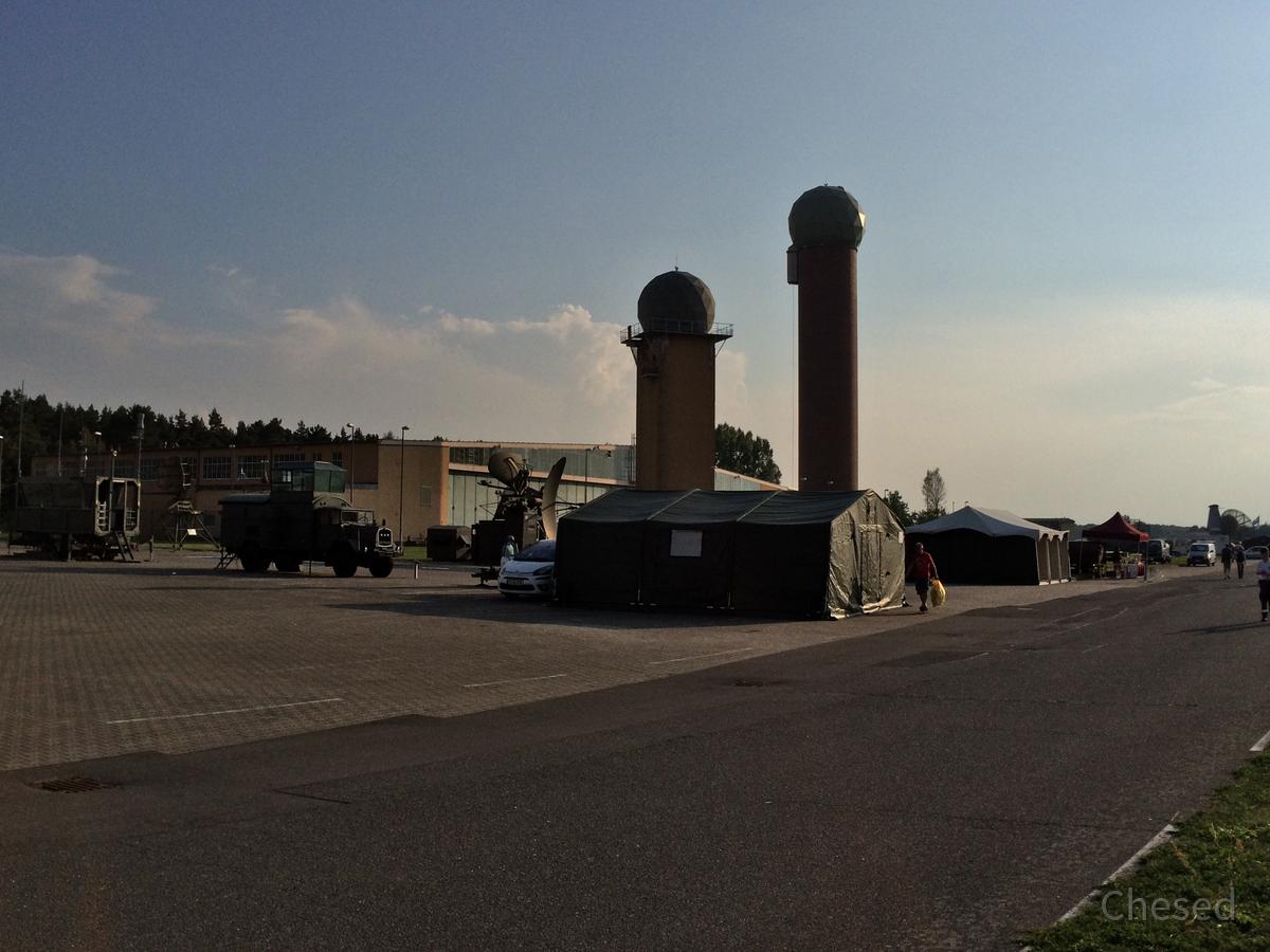 Radartürme - Radoms - Flugplatz Berlin-Gatow