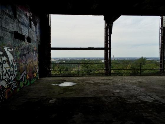 Berlin - Grunewald - Teufelsberg - Abhörstation - Trümmerblick auf Berlin