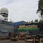Berlin - Teufelsberg - Field Station - Riesige Graffitis