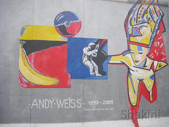 East Side Gallery - Berlin - Graffitis - Andy Weiss