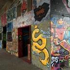 Berlin - Teufelsberg - Graffiti - Yellow Snake - Shakin' around Berlin