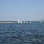 Blick von der Kladower Promenade auf die Havel und Strandbad Wannsee