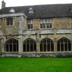 Lacock Abbey - Benediktinenkloster erbaut um 1260 - Innenhof