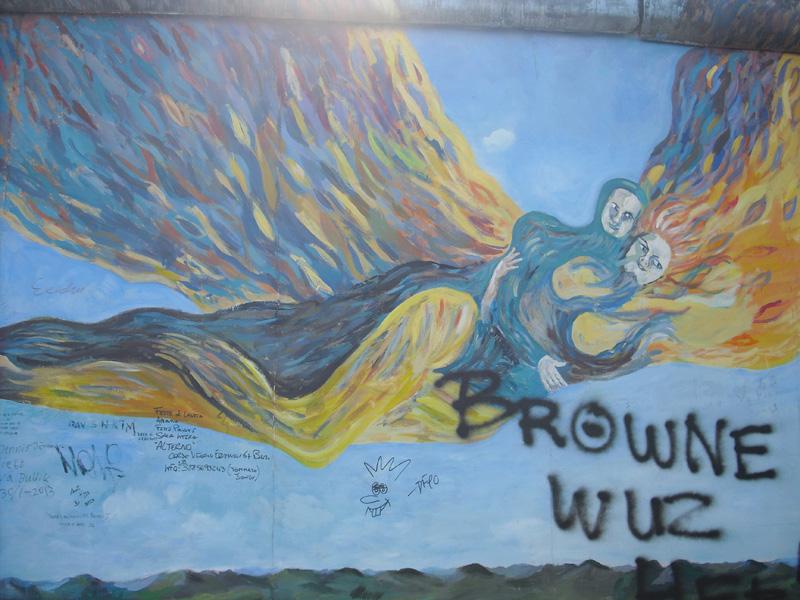 East Side Gallery - Berlin - Graffitis - Flammendes Paar