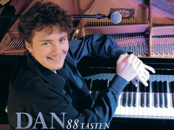 Cover for iMusician 🎹 Pianist Dan Popek