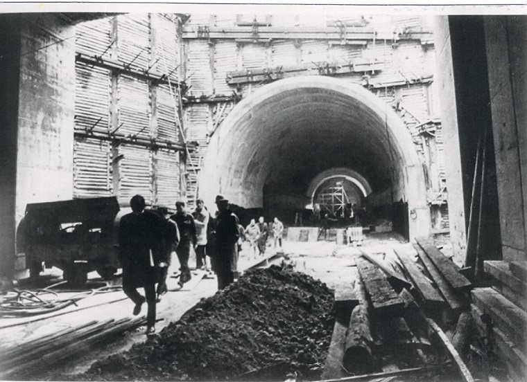 Frankfurt Flughafen - S-Bahn Tunnelbau unter Autobahn A3 - 1970-1971
