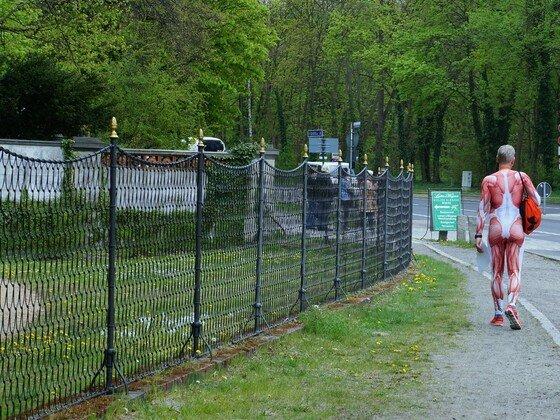 Marathonläufer an der Glienicker Brücke