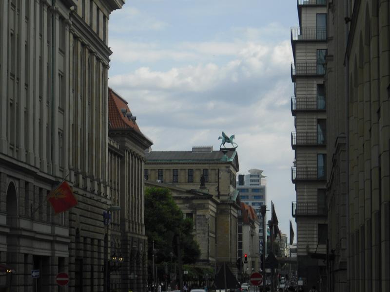 Konzerthaus Berlin - Bühneneingang-Rückansicht - Pegasus