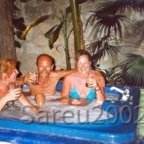 Party in der XXL-Badewanne in Mexiko