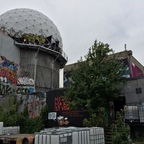 Berlin - Teufelsberg - Radarstation - Mittelgroßer Radom - Graffitis