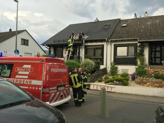 Feuerwehreinsatz - Nauheim - 2014 - Stefan Mauriszat - Entenstraße - Am Riel