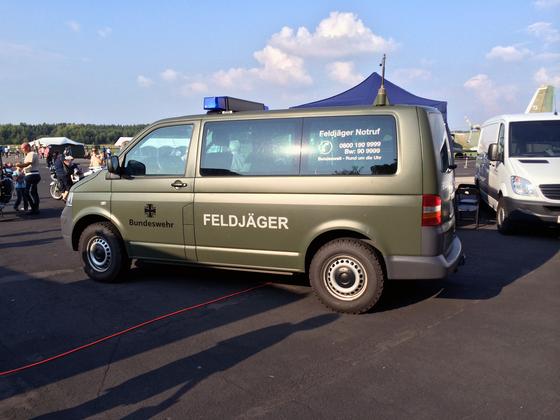 Militärfahrzeug - Feldjäger - Bundeswehr