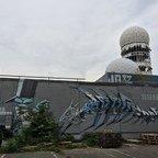 Berlin - Teufelsberg - Field Station - Überdimensionales Graffiti und 3 Radoms