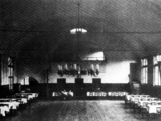 Kaisersaal Königstädten um 1950