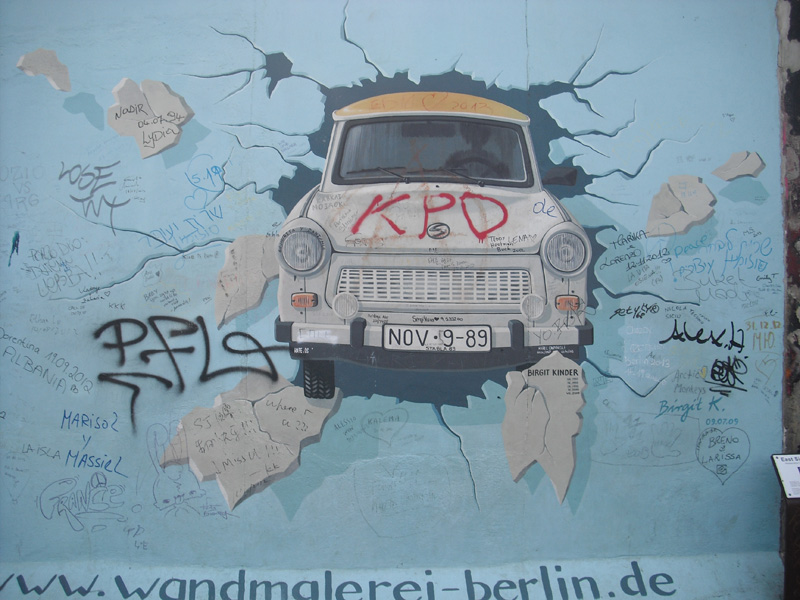 East Side Gallery - Berlin - Graffitis - Trabi - Trabant